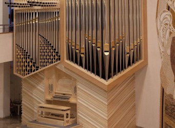 The new organ at St. Sebastian's Cathedral in Bratislava can be heard at three concerts during the Bratislava Organ Festival: it was made with maple veneer manufactured by hardwood specialist Danzer.
