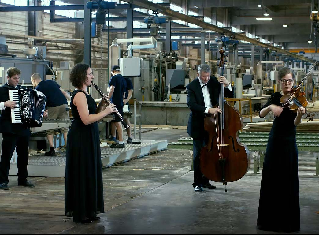 The Sound of Danzer video blends world-famous tango music with industrial wood production.